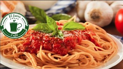 Tallarín con salsa de carne