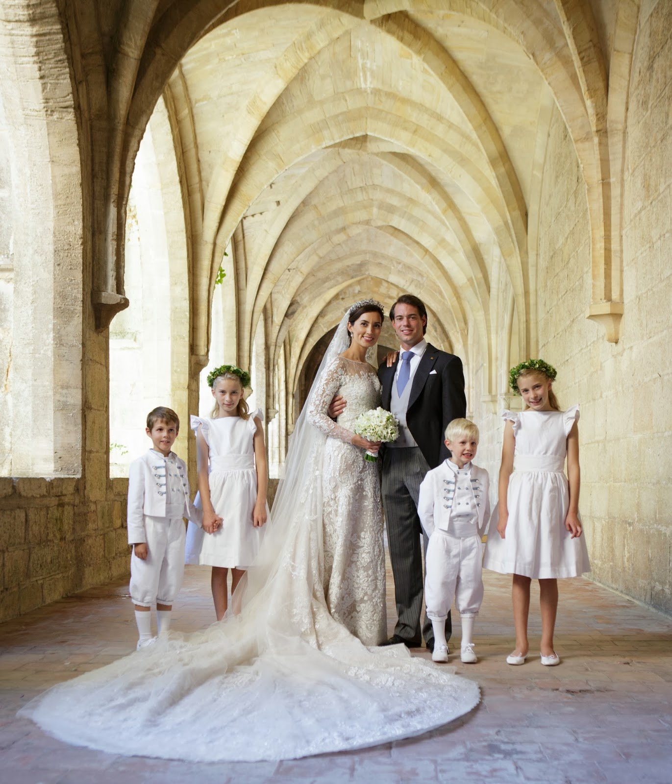 Family Picture Ideas For Wedding: BRIDE CHIC: A ROYAL WEDDING
