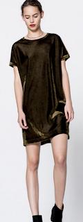 http://www.pullandbear.com/pl/pl/dla-niej/odzie%C5%BC/sukienki/aksamitna-sukienka-c29016p100785501.html#505