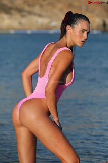 Silvia+Caruso+iN+Pink+Swimsuit+SEXY+ASS+%7E+CelebsNext.xyz+Exclusive+003.jpg