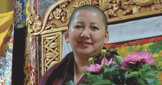Miroir du dharma programme de khandro rinpoche en europe for Miroir du dharma