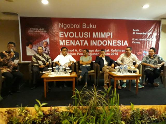 Diskusi di Padang, Andrinof Mengaku Saat ini Lebih Leluasa Beri Masukan ke Presiden