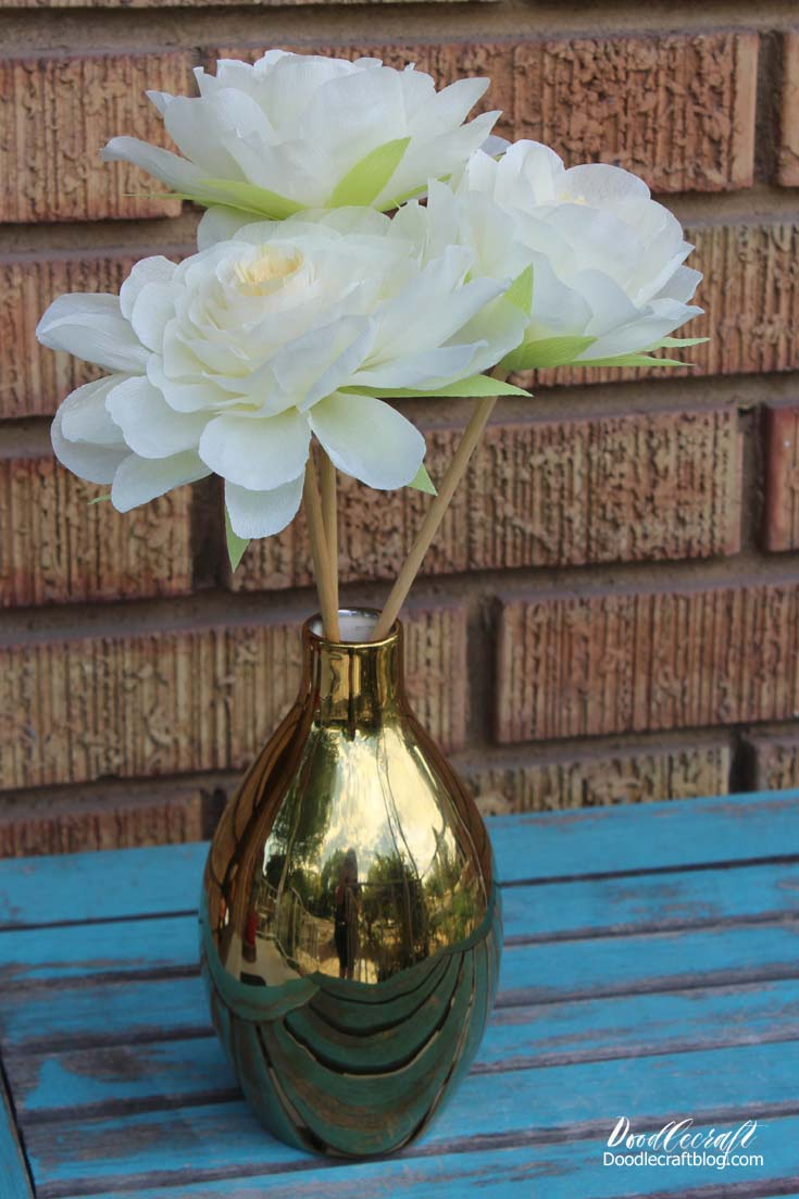 Flowers by post vase - I Got All These Fun Vases From Oriental Trading In Exchange For This Fun Post Affiliate Links Gold Vases Note They Are Hard To Photography Because They