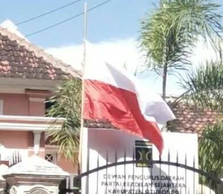 Waduh, Pasang Bendara Merah Putih Terbalik, Ini Penjelasan DPD PKS Situbondo