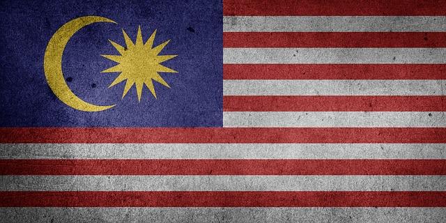 Malaysia berbatasan langsung dengan RI