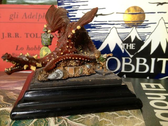 Va a ser cierto que soy friki de Tolkien - Smaug y Bilbo Bolsón en El Hobbit - Álvaro García - alvarogp - Social Media - SEO y Friki de Tolkien - Editorial Minotauro