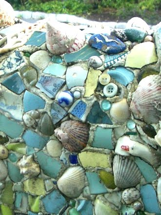 mosaic mailbox details
