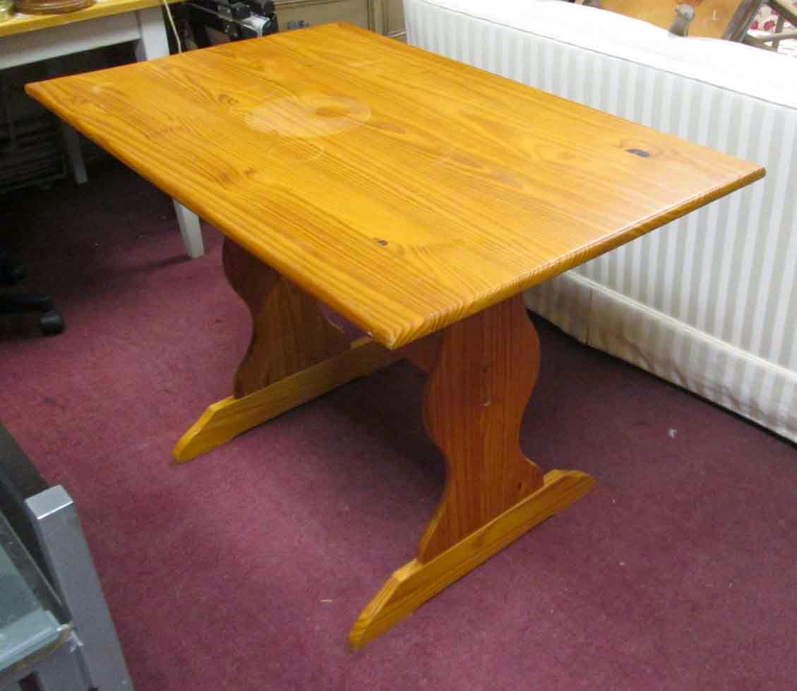 Kitchenette Tables And Chairs: UHURU FURNITURE & COLLECTIBLES: SOLD Small Kitchenette