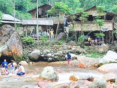 Beberapa Tempat Pemandian Air Panas Di Bogor