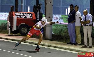 PATINAJE DE VELOCIDAD EN LÍNEA - Oro y récord mundial para Ioseba Fernández en los 100m sprint del Mundial celebrado en Holanda