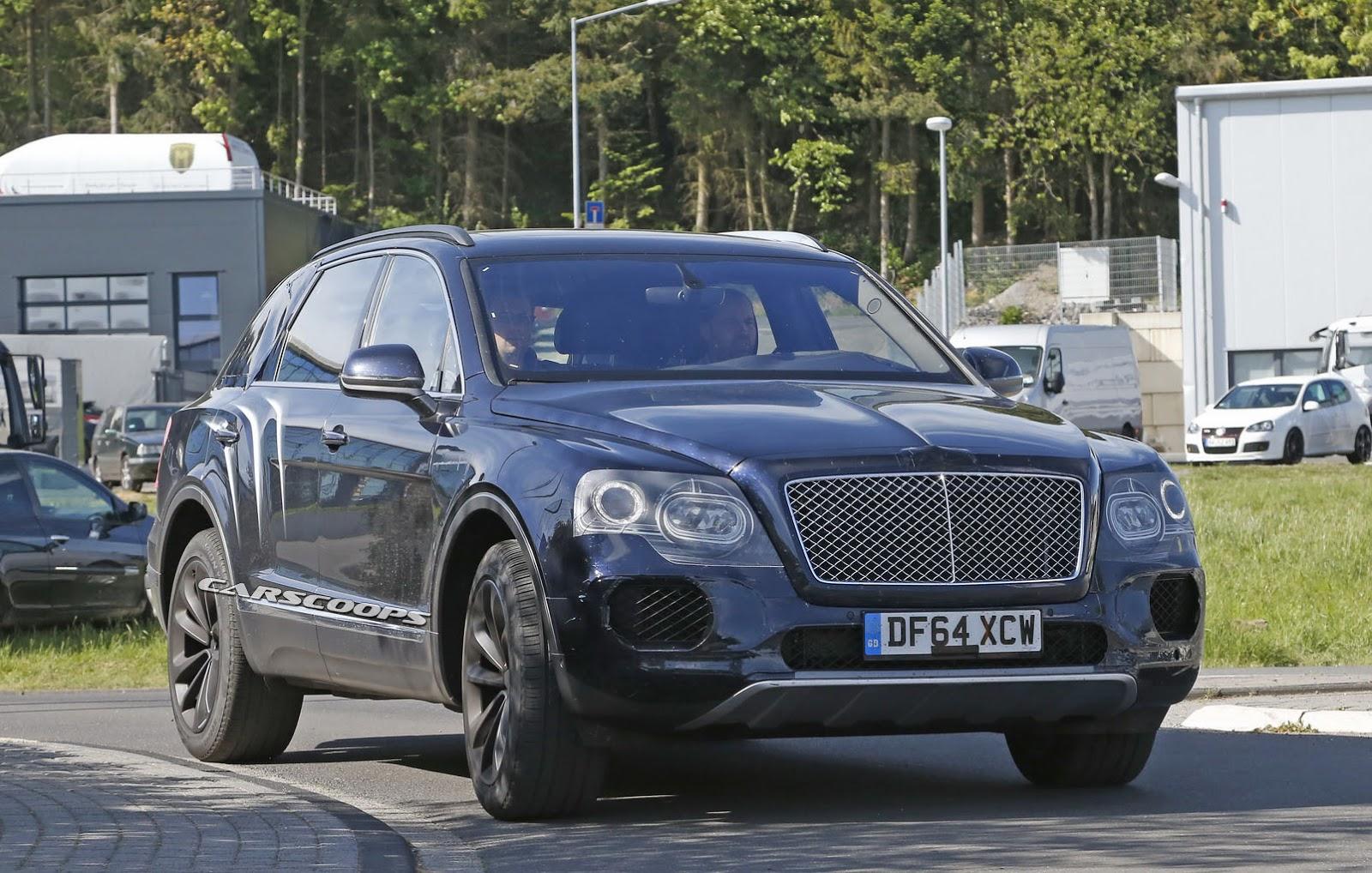 2016 Bentley Bentayga (SUV) 33
