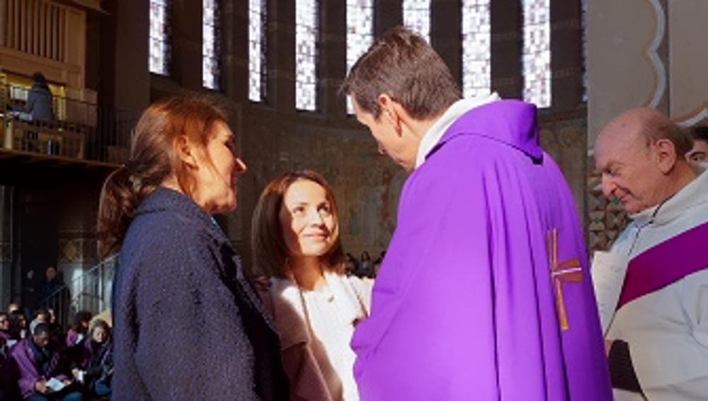 https://www.saintmaximeantony.org/2019/03/edito-tous-en-chemin-avec-les.html
