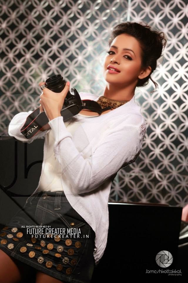 Actress Bhavana Hot and Spicy Photo Gallery