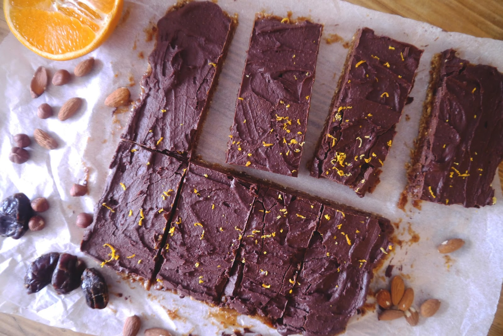 raw chocolate, cacao powder, healthy millionaires shortbread