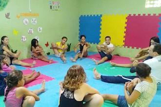 Centro de Apoio à Criança desenvolve oficina de capoeira na Ong Acate em Travessia