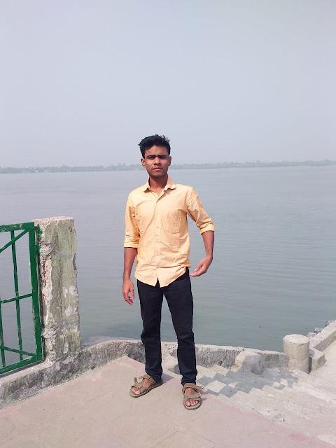 Tourist in Sundarban