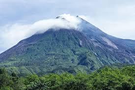 Gunung Rogojembangan (2.177 MASL)