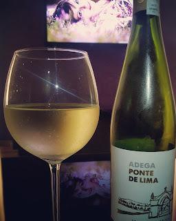 Adega Ponte de Lima Vinho Verde opis smaku i recenzja wina