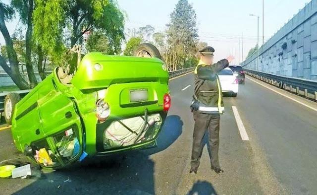 Dirigir tráfico, ordenar, carriles