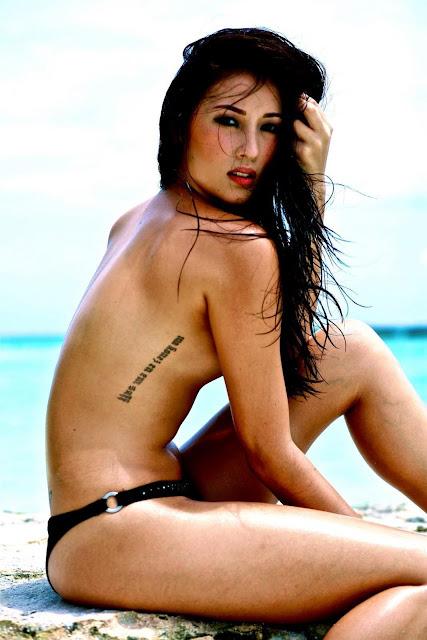 gal godot naked