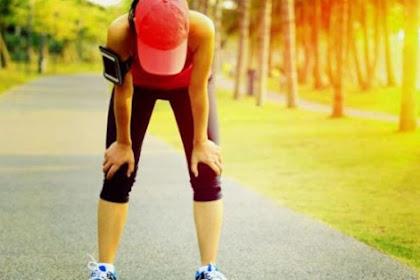 Saat kita berolahraga berat terjadi peningkatan frekuensi dan kedalaman pernapasan. Hal ini diperlukan untuk ....