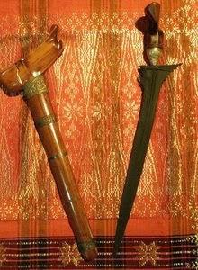 4 Senjata Tradisional Provinsi Riau Tradisikita