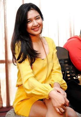 Profil dan Biodata Mikha Tambayong