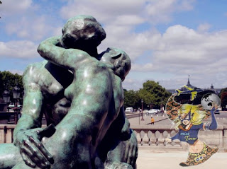 8 Patung Ciuman yang Romantis dan Unik di Dunia