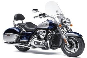 El precio por tapizar un asiento de moto Custom es mayor que el de una scooter