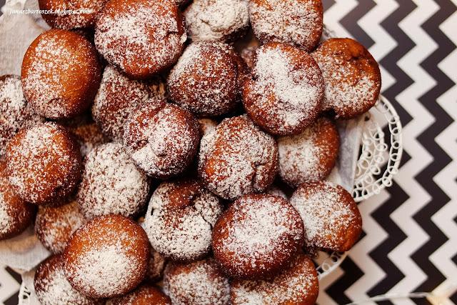 domowe pączusie z kokosowym nadzieniem