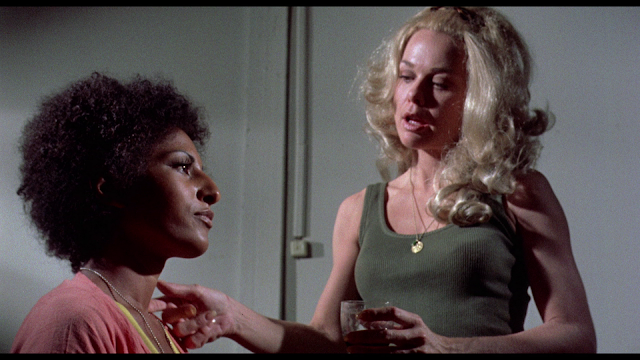 Black Mama, White Mama screenshot Lynn Borden and Pam Grier