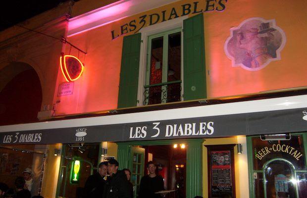 Les trois diables em Nice