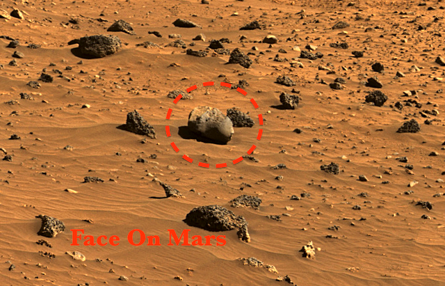 UFO SIGHTINGS DAILY: NASA Rover Photo Reveals Life Once ...