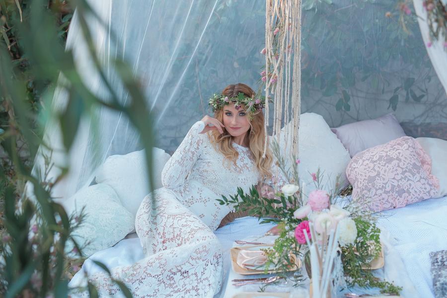 BRIDE CHIC: ENCHANTED SPRING