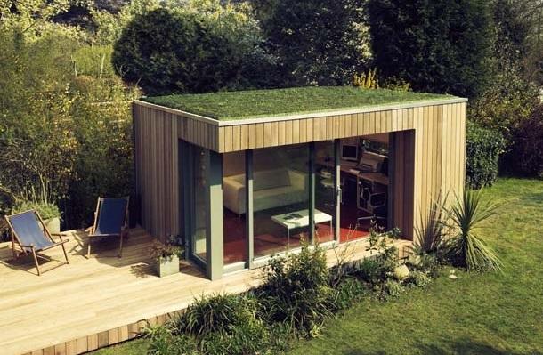 Маленький садовый домик в стиле модерн