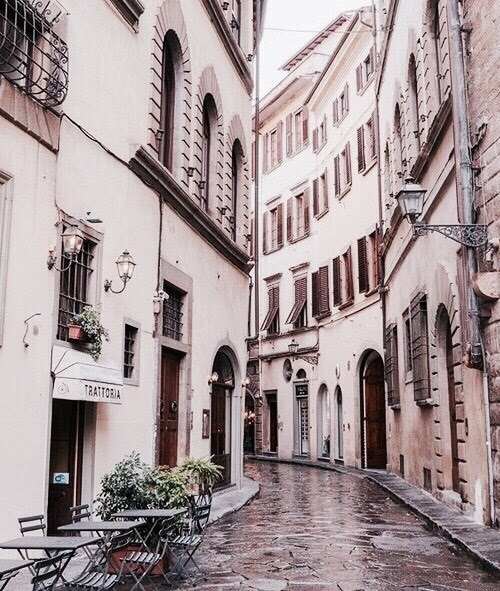 Best of Italy :: Alley of Florence,
