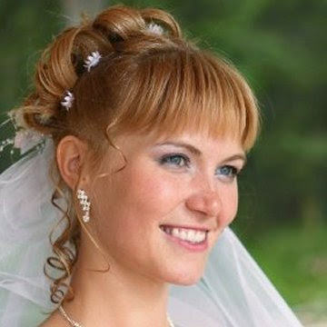 A Glimpse of Wedding Hairstyles that You can Adapt