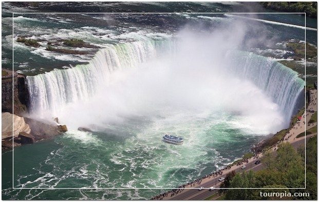 Niagara Falls - 10 Stunningly Beautiful Best Places to Travel in the USA