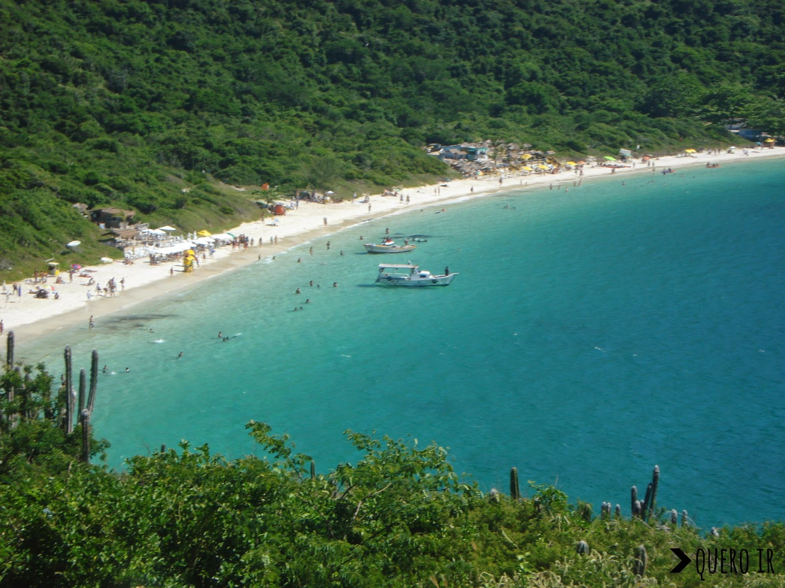 Praia do Forno Arraial do Cabo