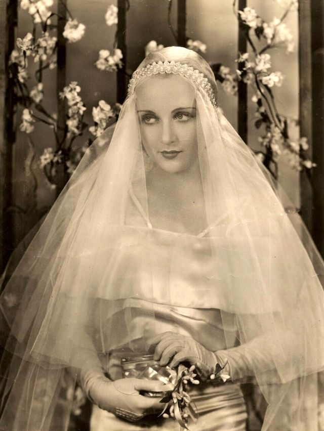 In Wedding Dresses 36 Lovely Carole Lombard
