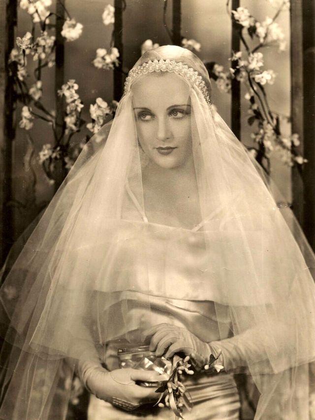 Hollywood Glam Wedding Dresses 47 Good Carole Lombard