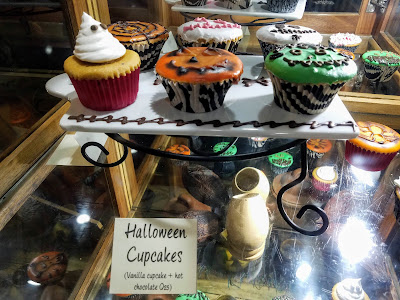 Halloween cupcakes in display case