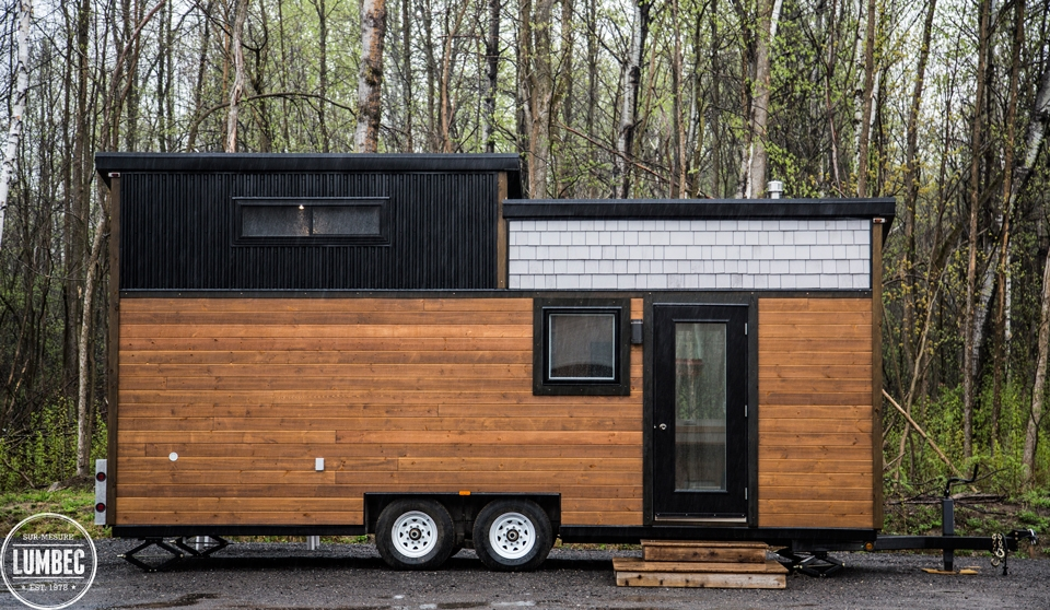 03-Lumbec-Tiny-House-with-a-lot-of-Architectural-Character-www-designstack-co