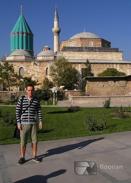 Zakon Wirujących Derwiszy i Muzeum Mevlany to najważniejsza swiątynia islamska w Turcji