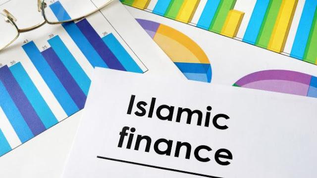 12186 paper with words islamic finance and charts   copy 675 380 c - Mengenal Reksadana Syariah dan Keuntungannya