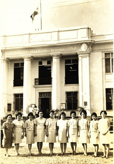 All The Girls Standing In The Line For The Bathroom: Make It Davao: Old Photos Of Davao