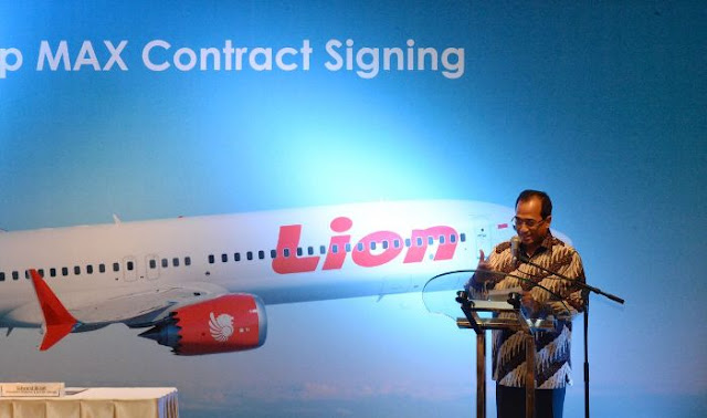 Tak Berani Cabut Izin Lion Air, Jokowi Didesak Copot Menhub Budi Karya