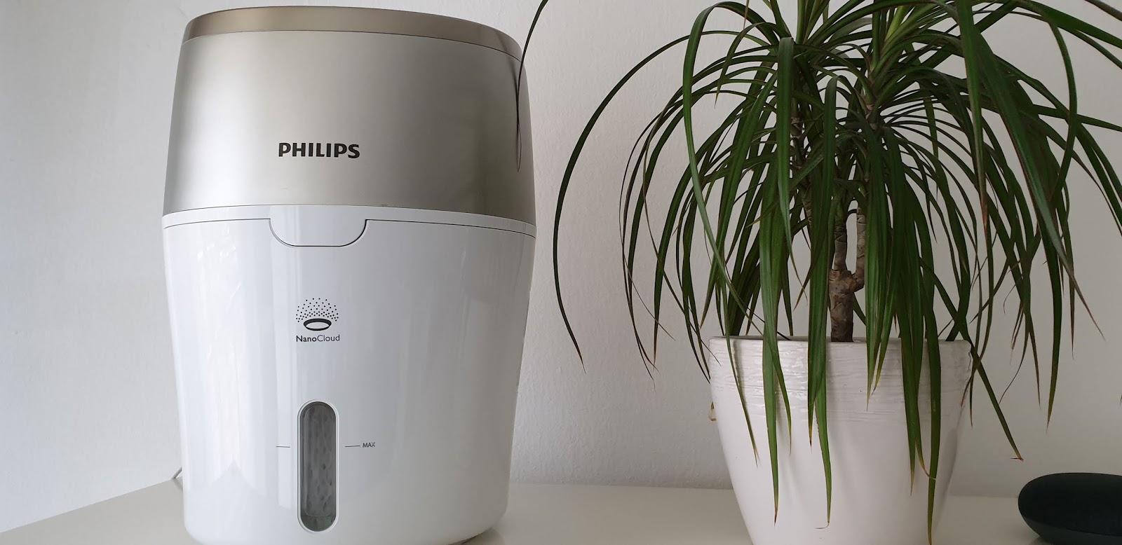 Higeniczny nawilżacz powietrza marki Philips.