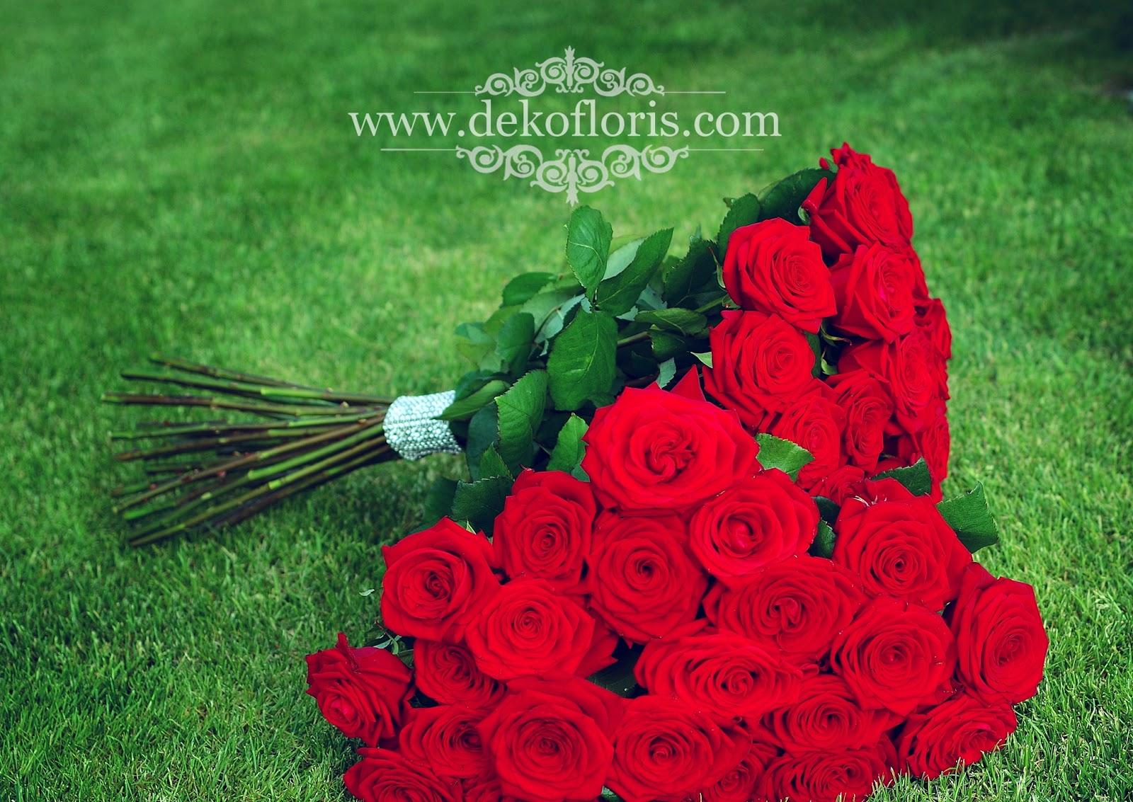 Bukiet czerwonych róż - podziękowania dla rodziców