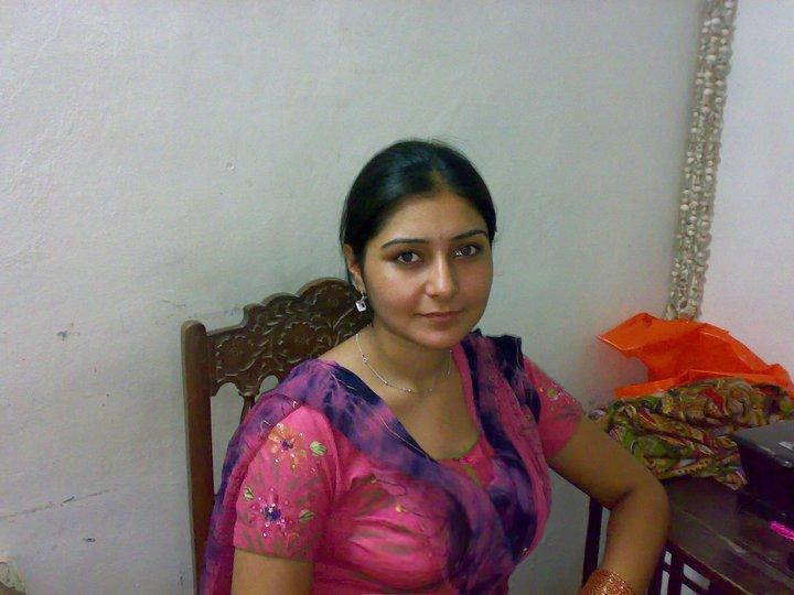 online dating Pakistan dating 27 år gammel kvinne